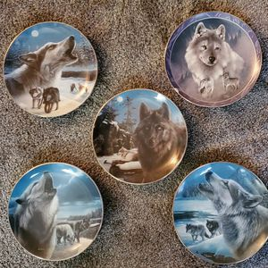Collectible Wolf Plates for Sale in Orting, WA
