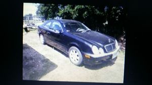 Mercedes clk 320 PARTS ASK. for Sale in Pompano Beach, FL