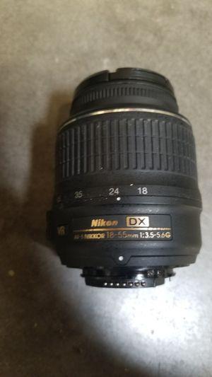 Nikon AF-S DX NIKKOR 18-55mm f/3.5-5.6G Vibration Reduction II Zoom Lens with Auto Focus for Nikon DSLR Cameras for Sale in Tempe, AZ