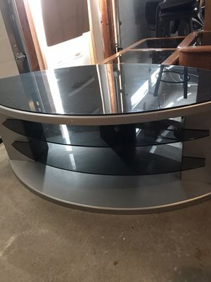 """Tv stand hold up to 55""""tv for Sale in Peabody, MA"""