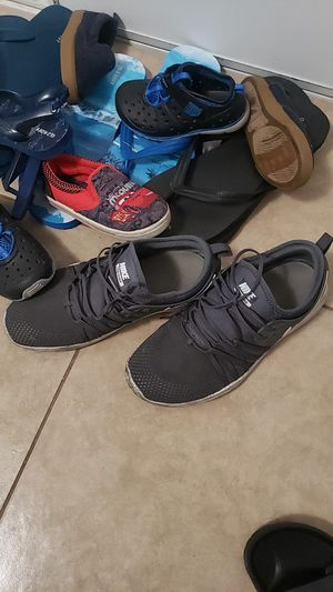 Free family shoes for Sale in Bloomington, CA