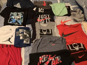 Men's used Nike Jordan and vans shirts sz L for Sale in Los Angeles, CA