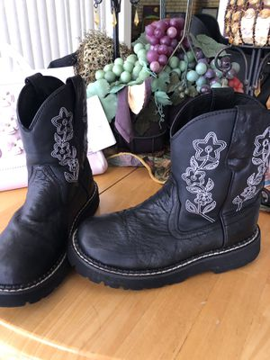 Girls boots size 5 for Sale in Odessa, TX