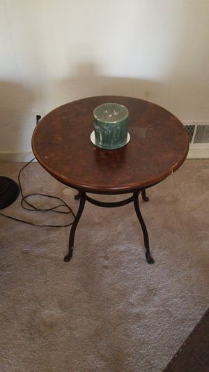 Side table for Sale in Travilah, MD