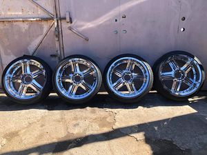 Wheels&tires 22s obo for Sale in Los Angeles, CA