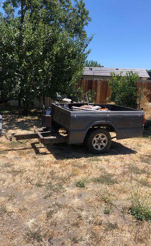 Trails con camper con title en Mano for Sale in Stockton, CA