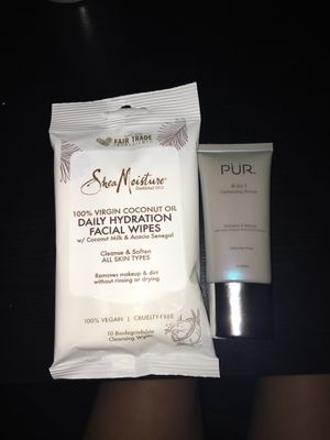 Shea Moisture Wipes PUR primer for Sale in Ontario, CA