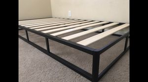 New Twin Size Metal and Wood Bed Frame for Sale in Fresno, CA