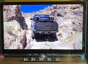 60 Inch SHARP AQUOS TV for Sale in Long Beach, CA