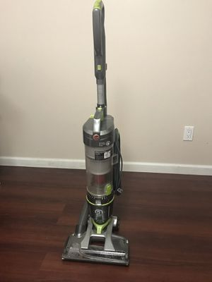 Rush Sale! Moving out. Hoover vacuum. for Sale in Gaithersburg, MD
