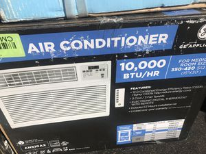 NEW IN BOX GE 10,000 BTU AIR CONDITIONER for Sale in Columbus, OH
