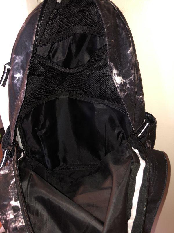 PINK - black camo backpack