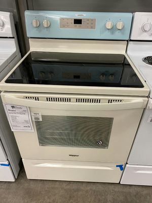 New 5.3 cu. ft. Freestanding Electric Range with Self Cleaning Oven for Sale in Gilbert, AZ