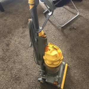 Dyson vacuum like brand new for Sale in Indianapolis, IN