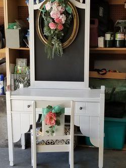 Desk/ Vanity With Chalkboard & Chair for Sale in Clovis,  CA