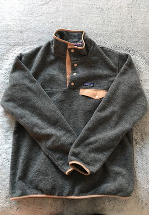 Women's Patagonia Fleece (M) for Sale in Baltimore, MD