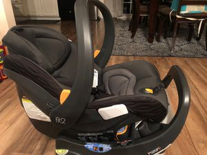 Chico fit2 infant car seat for Sale in Mechanicsburg, PA