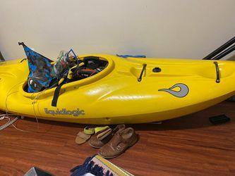 Liquid Logic White Water Kayak (9ft) for Sale in Passaic,  NJ