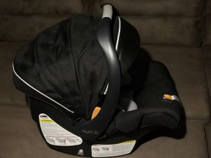 Baby Car Seat Chicco Keyfit30 for Sale in New York, NY