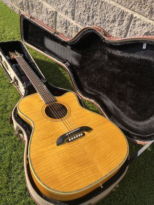 Alvarez WY1M Acoustic-Electric Guitar with upgrades and original case. for Sale in Scottsdale, AZ