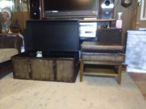 Trunk coffee table and end table for Sale in White Hall, AR