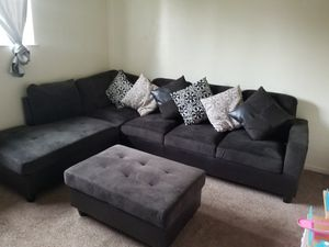 Sectional couch for Sale in Atwater, CA