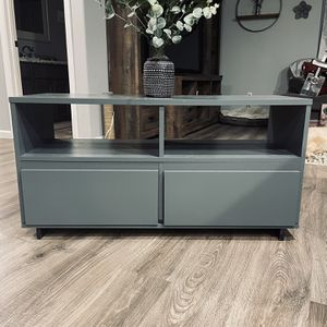 Accent Table Or Tv Stand for Sale in Kalama, WA