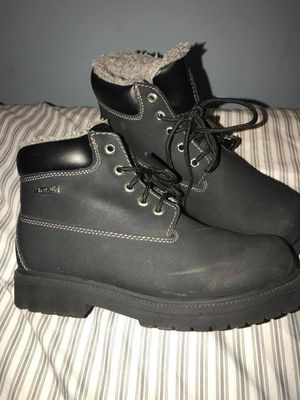 Kids black waterproof snow boots size 5 for Sale in Central Falls, RI