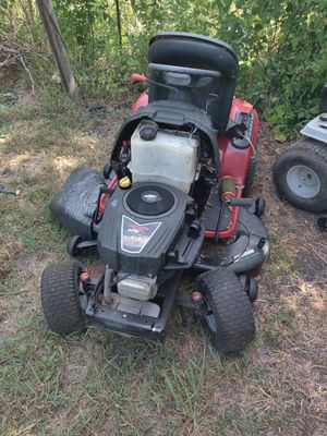 Lawn tractor for Sale in Wilmer, TX