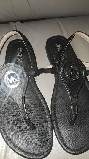 Michael Kors sandals size 7 for Sale in Winter Haven, FL