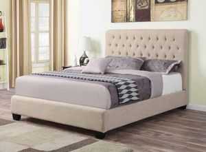 El doradito bed frame for Sale in Hialeah, FL