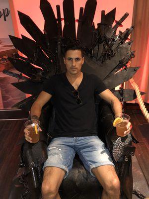 Chair- Game of Thrones for Sale in Boynton Beach, FL