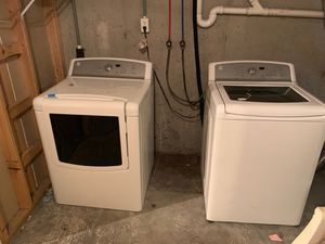 Kenmore washer and dryer for Sale in Bressler, PA