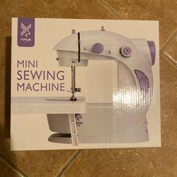 Mini Sewing Machine for Sale in Moreno Valley, CA