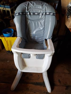 Baby Chair for Sale in Holyoke, MA