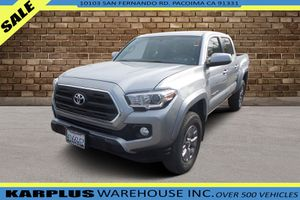 2017 Toyota Tacoma for Sale in Pacoima, CA