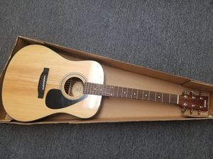 Yamaha Acoustic Guitar for Sale in Midway City, CA