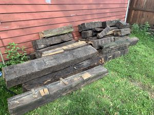 Free wood for Sale in Rolling Meadows, IL