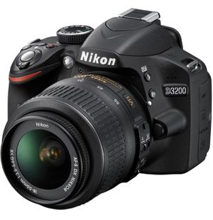 Sparingly used Nikon D3200 Digital SLR Camera +18-55mm lense for Sale for Sale in Houston, TX