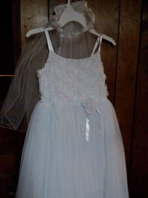 First communion of flower girl dress size 8 girls mint condition for Sale in Taunton, MA