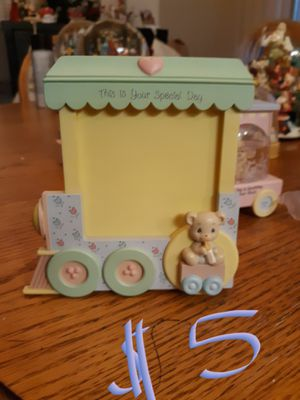 Precious moments train frame for Sale in Madera, CA