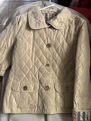 BURBERRY GOLD QUILTED JACKET for Sale in Orlando, FL