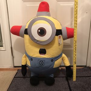 Brand new Minion firefighter plush stuffed animal despicable me movie film for Sale in Burtonsville, MD