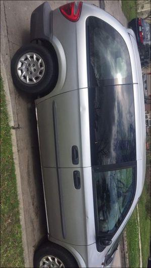 2000 Chrysler minivan for Sale in Houston, TX
