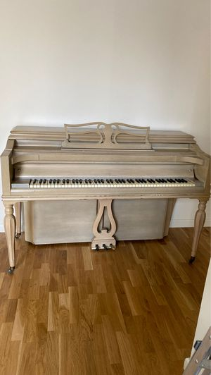 Knabe Antique Upright Piano for Sale in New York, NY