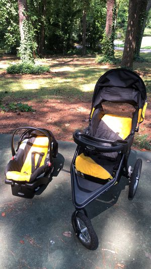 Graco Snug ride for Sale in Atlanta, GA