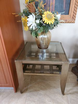 Metal bronze end table for Sale in Miami, FL