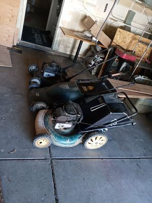 3 lawnmowers for Sale in West Sacramento, CA