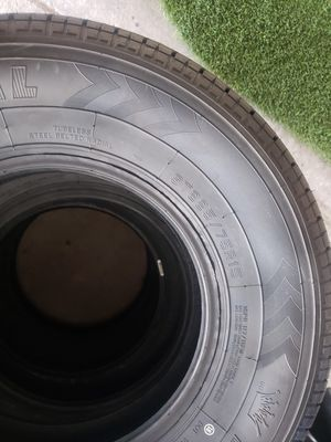 Brand new 225 75 15 tires 10ply hd for Sale in Las Vegas, NV