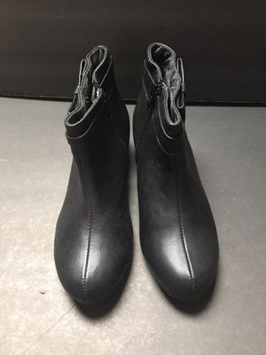 Youth girls Sz 3 LA Underground Dress Ankle Boots *Never Worn* for Sale in Lakeland, FL